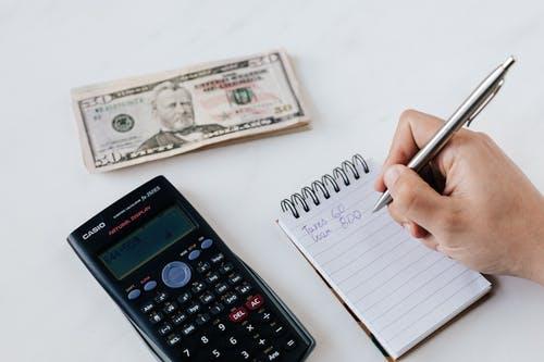 kalkulačka peníz